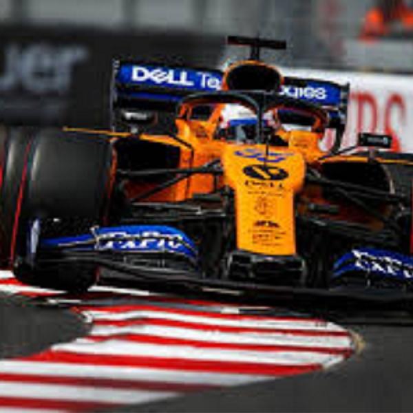 Carlos Sainz Ragukan Posisi McLaren di Formula 1