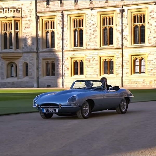 Jaguar E-Type Klasik Milik The Duke dan Duchess Of Sussex