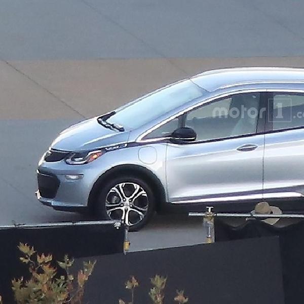 Chevrolet Bolt Akan Melantai di CES 2016