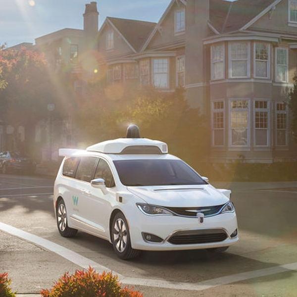 Chrysler Pacifica Otonom Siap Beroperasi Awal 2017