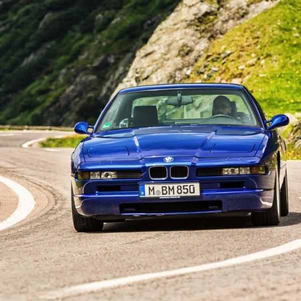 BMW 8 Series Generasi Pertama Terjual dengan Harga Fantastis