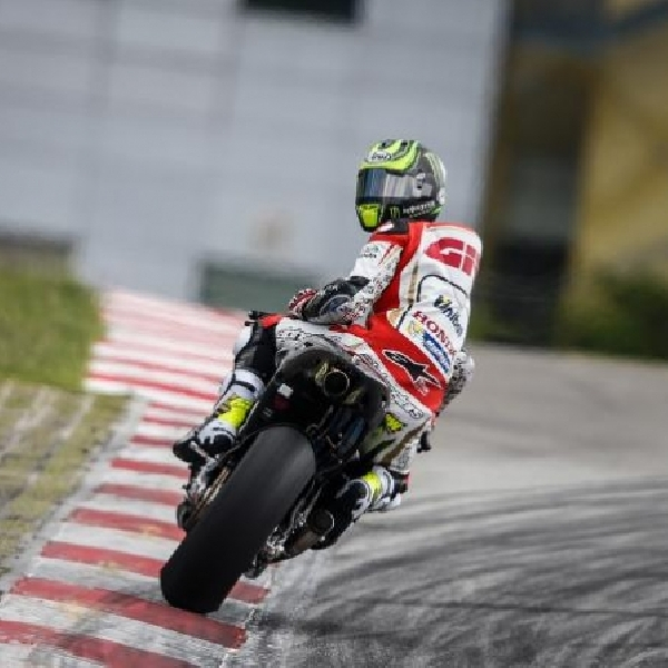MotoGP: Crutchlow Sesumbar Mampu Kalahkan Lorenzo
