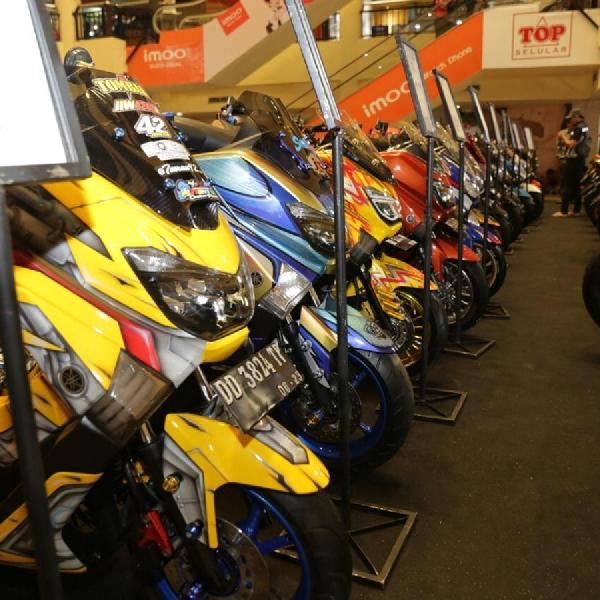 Modifikator dari  Sulawesi Ramaikan Customaxi Yamaha  Makassar