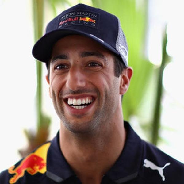 Ricciardo Anggap Mercedes Tidak Sulit untuk Dikalahkan