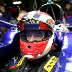 F1: Daniil Kvyat Tak Kecewa Tetap di Toro Rosso Musim Depan