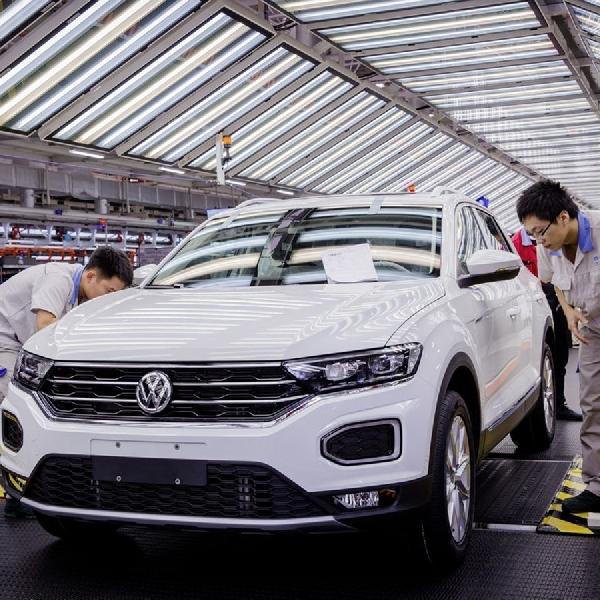 VW Produksi Komponen Mobil Listrik Sendiri di Cina