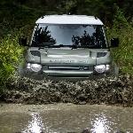 Selamat Datang Land Rover Defender Hybrid!