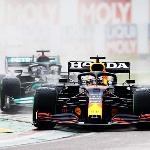 F1: Dikalahkan Hamilton Lagi, Max Verstappen Sudah Memprediksi