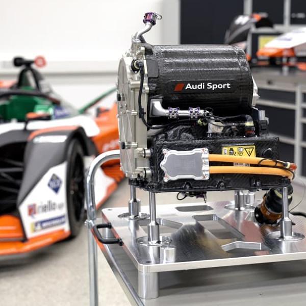 Dilengkapi Teknologi Powertrain Ringan, Intip Tampilan Audi e-tron FE07