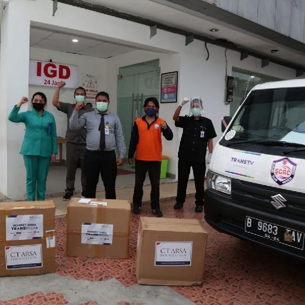 SCRC Bantu Distribusikan Donasi Perlengkapan Tenaga Medis