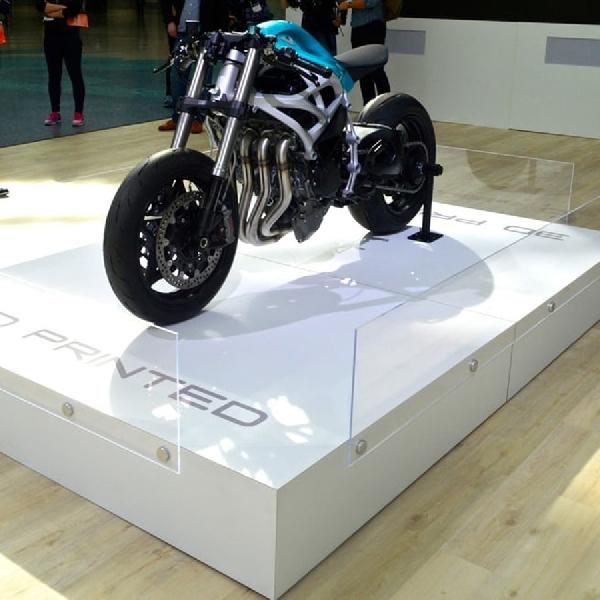 The Dagger Modifikasi Superbike Nyeleneh dari Divergent3D