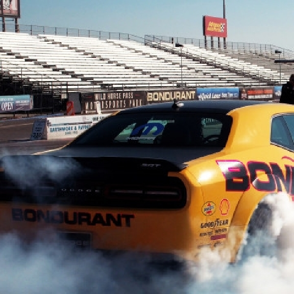 Bondurant Drag Racing Program Gratis untuk pemilik Dodge Challenger SRT Demon