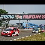 Jelang Seri ke-5 Honda Jazz Speed Challenge, Rio SB Tempel  Ketat Fitra Eri