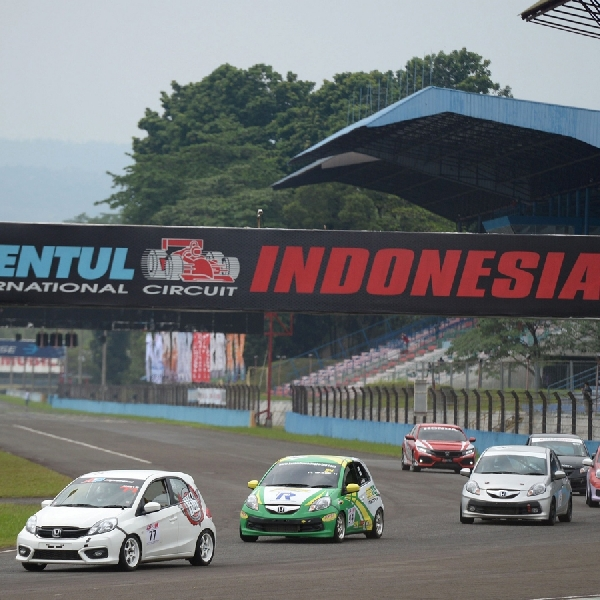 Rio SB Berhasil Juarai Seri Ke-4 Honda Jazz Speed Challenge