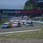 Honda Gelar Seri Keempat Balap Jazz dan Brio di ISSOM Night Race Series