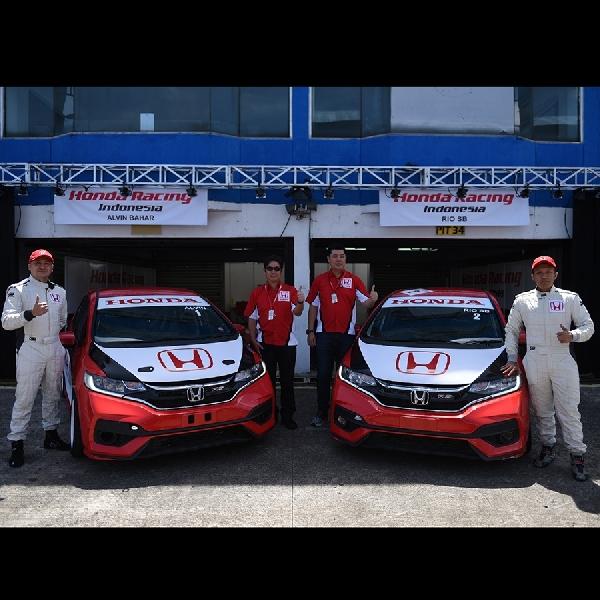Rilis Mobil Balap Baru, Tim Honda Racing  Sabet Juara II di Seri Pembuka HJSC