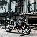 BMW F900R, Roadster Bergenetika Sporty nan Responsif