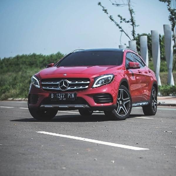 Penjualan Mercedes-Benz Menurun Selama COVID-19
