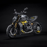 "Ducati Diavel 1260 S 2022 ""Black and Steel"" Meluncur"