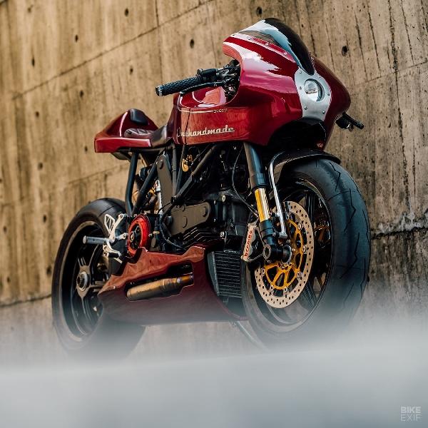 Neo Retro, Modifikasi Ducati MH900E  Karya Onehandmade