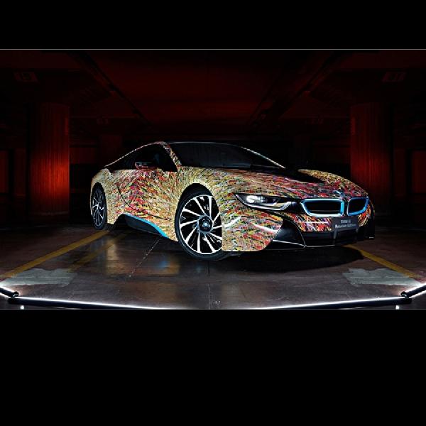 Rayakan Hari Jadi ke-50, BMW i8 Dibungkus Cutting Stiker Unik