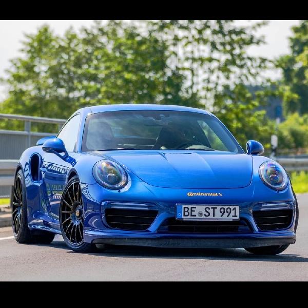 Edo Jejalkan Paket Steroid Buat Porsche 911 Turbo S