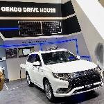 Mitsubishi Resmikan Dealer Dendro Drive Station di Filipina