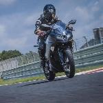 EV Endeavor Bocor, Motor Listrik Pertama Kawasaki