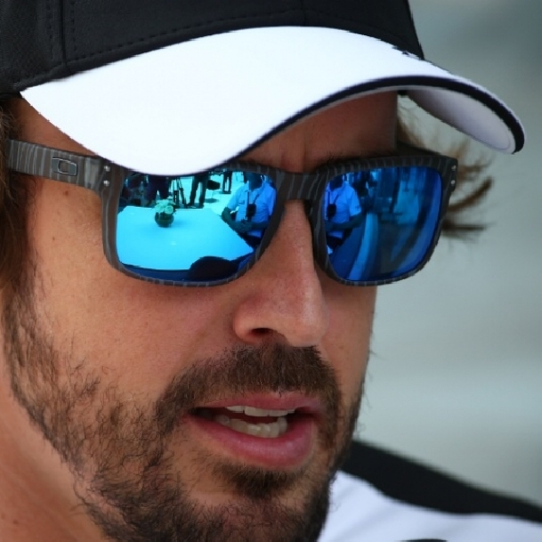 F1: ALonso Enggan Campuri Urusan Red Bull