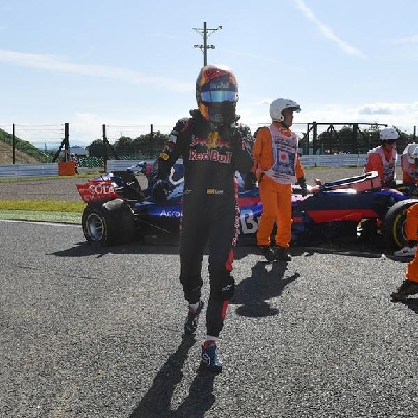 F1: Carlos Sainz Tinggalkan Toro Rosso Dengan Insiden Kecelakaan di Jepang