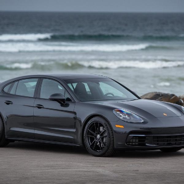 Ini Dia Kombinasi Hitam pada Porsche Panamera