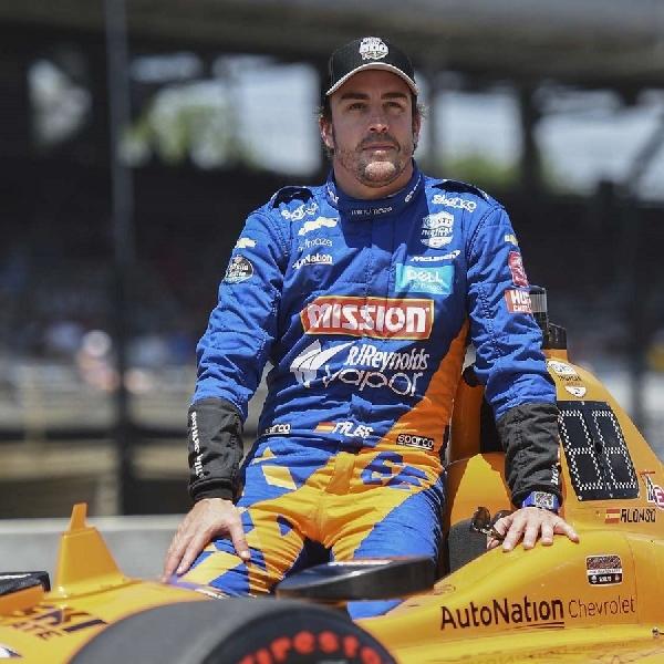 F1: Fernando Alonso Dukung Carlos Sainz Untuk Sukses di Formula 1