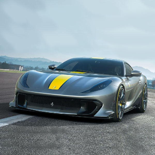 Ferrari 812 Superfast 2021, Model Khusus Ferrari Debut 5 Mei