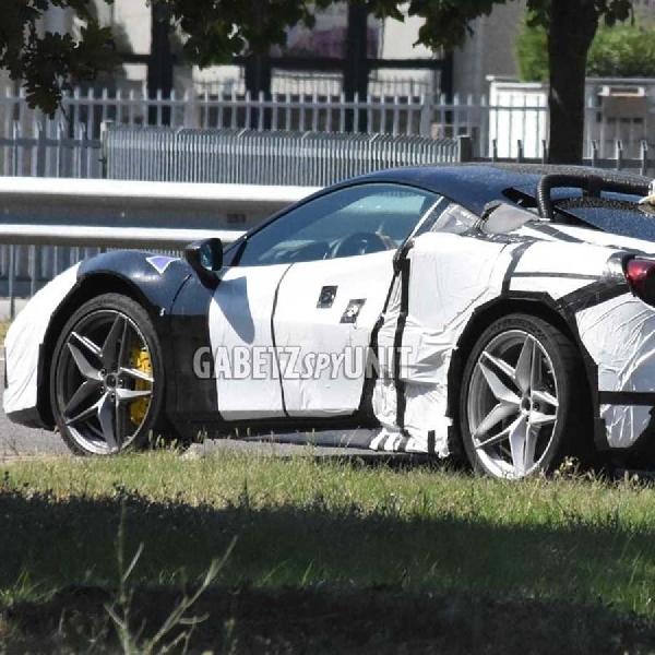 Ferrari V6 Hybrid Test Mule Terlihat Seperti Berlian