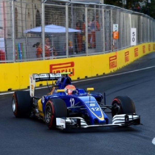 F1: Finish di Posisi 12, Nasr Puas dengan Kinerja dan Strategi tim di Sirkuit Baku