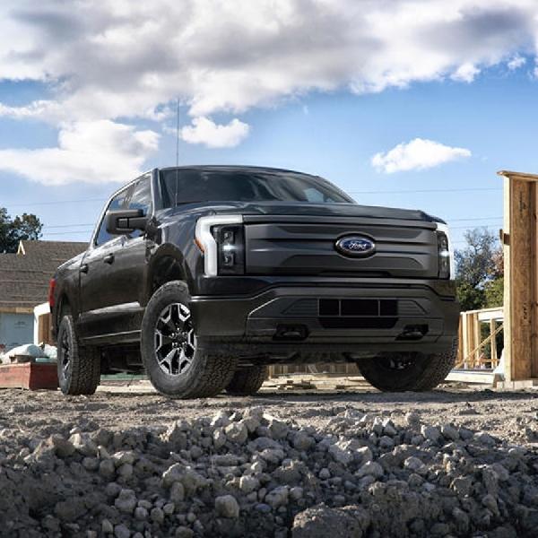Ford Bersiap Kuasai Pasar Listrik Komersial