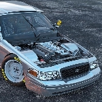 "Ford Crown Victoria ""NASCAR Noobie"" Ubah Gaya Muscle Coyote Procharged"