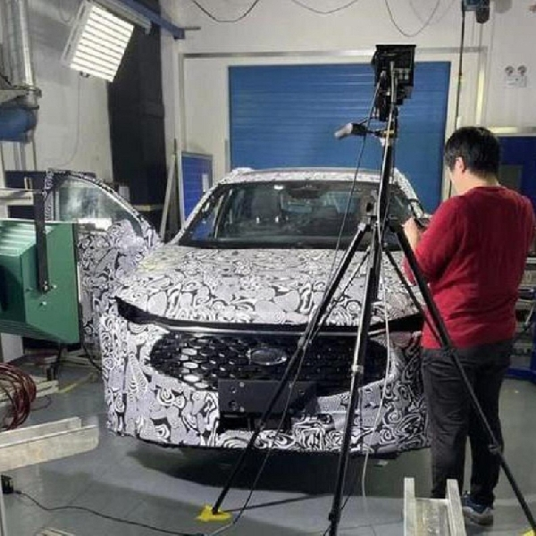 Prototipe Baru Ford Fusion Identik dengan Wagon yang Terinspirasi Crossover?