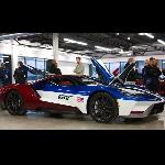 Ford GT  dengan Skema Victory untuk Karyawan Ford