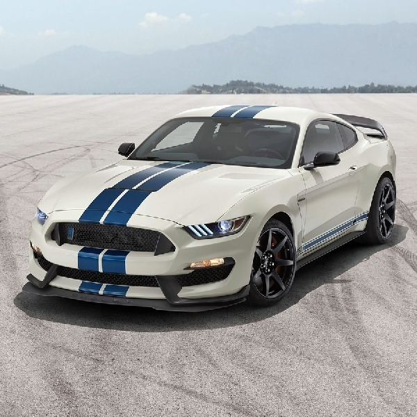 Ford Bikin Edisi Spesial Mustang Shelby GT350 Heritage Edition