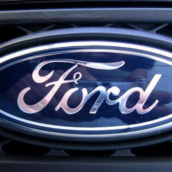 Ford Patenkan Gearshift di Setir Kemudi