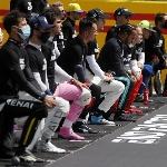 F1: Formula 1 Bebaskan Pembalap Berlutut atau Tidak Sebelum Balapan