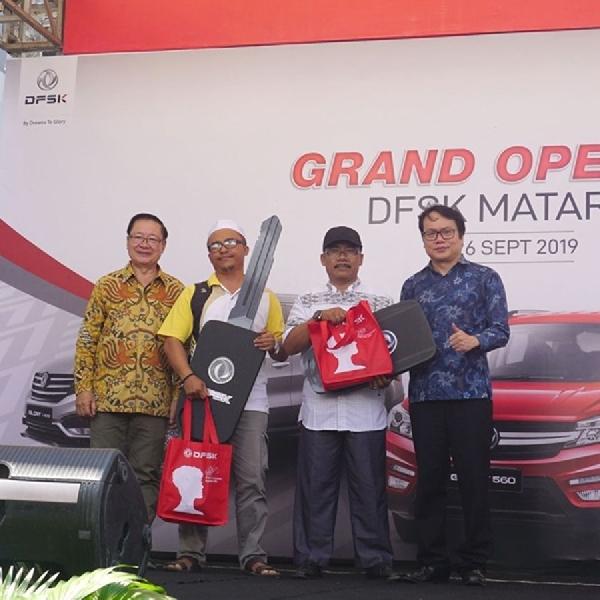 Dukung Mobilitas di NTB, DFSK Resmikan Dealer Mataram