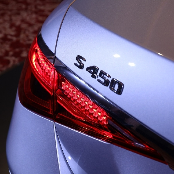 New Mercedes-Benz S-Class: Cara Baru Merasakan Kemewahan Mobil