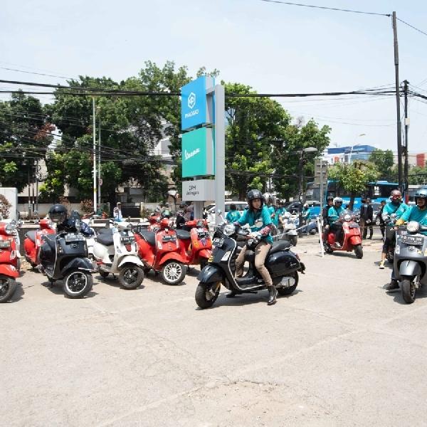 Vespa GTS Super Tech 300 Tiba di Jakarta Timur
