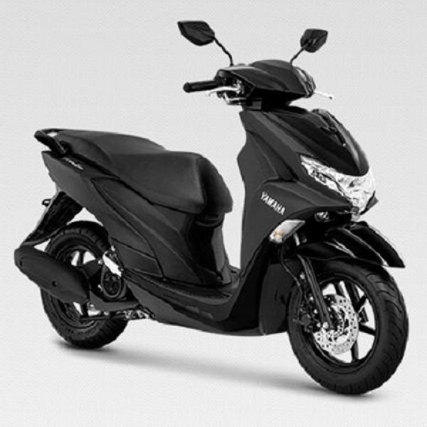 Awak Media Jajal Produk Terbaru Yamaha R25 & Freego