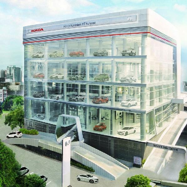 Honda Resmikan Diler Terbesar Honda Nusantara MT Haryono