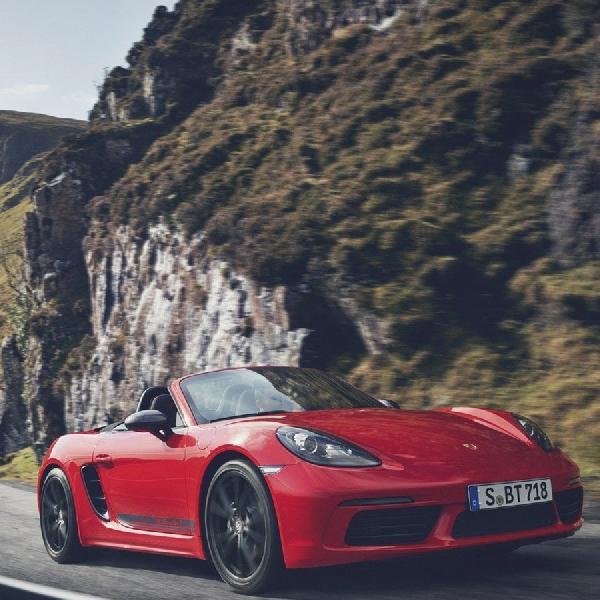 New Porsche 718 T Akan Tersedia dalam Model Boxster dan Cayman