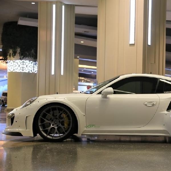 Gembala GTR 8XX EVO-R Robek Kecepatan Porsche 911 GT2 RS