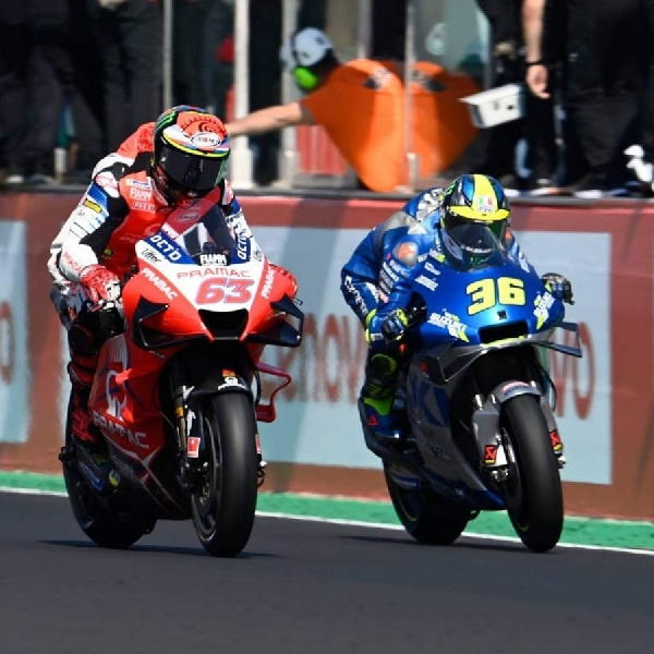 Joan Mir Memotong Harapan Rossi di Tikungan Terakhir  San Marino